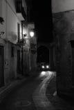 Старая итальянская улица села Стоковые Фотографии RF