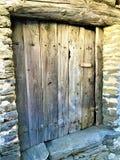 Старая и винтажная дверь, луч, шарм и история стоковые изображения rf