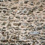 Старая каменная стена Выдержанная стена сделанная с утесами Стоковое фото RF