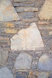 Старая каменная стена Грубые камни различных форм камень предпосылки детальный реальный очень Стоковые Изображения RF