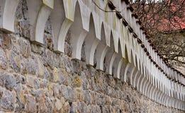Старая каменная стена стоковые изображения