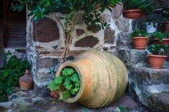 Старая керамическая ваза Стоковое Изображение