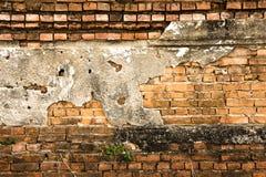 Старая кирпичная стена в виске Таиланда Стоковая Фотография