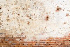 Старая кирпичная стена в виске Таиланда Стоковое фото RF
