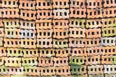 Старая кирпичная стена, различный определять размер и красный цвет, апельсин и желтый цвет делают I Стоковые Изображения RF