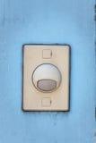 Старая кнопка переключателя дверного звонка Стоковые Изображения