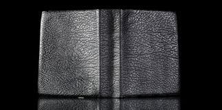 Старая кожаная крышка книги, отраженная текстура год сбора винограда Стоковое фото RF