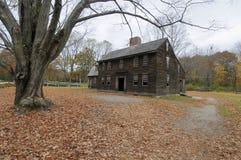 Старая колониальная дом Стоковая Фотография RF