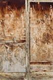 Старая коричневая деревянная дверь Стоковое Изображение RF