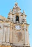 Старая колокольня под голубым небом Стоковые Фото