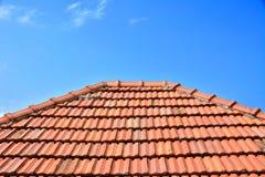 Старая красная плитка текстуры крыши Стоковое Изображение