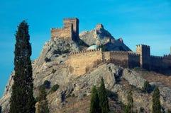 Старая крепость в горах Стоковое Изображение RF
