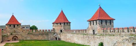 Старая крепость на реке Днестре в гибочном устройстве городка, Приднестровье Стоковые Изображения RF