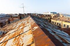 Старая крыша Санкт-Петербурга Стоковая Фотография