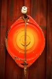Старая крышка боилера эмали Стоковая Фотография