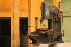 Старая машина на дисплее стоковые изображения rf