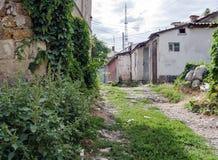 Старая маленькая улица в старом городке Стоковое фото RF