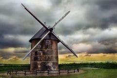 Старая мельница фермера Стоковая Фотография