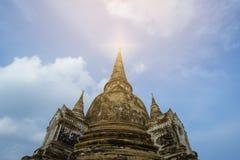 Старая пагода на небе предпосылки Стоковое Фото