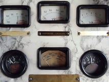 Старая панель приборов датчики стоковая фотография rf