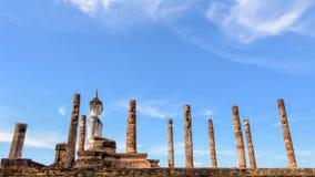 Старая позиция усаживания статуи Будды Стоковые Изображения RF