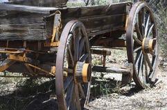 Старая покинутая фура стоковая фотография rf