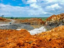 Старая покинутая шахта железной руды в Либерии Стоковое Фото