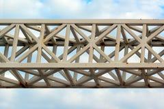 Старая покрашенная ферменная конструкция металла Стоковые Фотографии RF