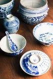 Старая посуда стоковое изображение