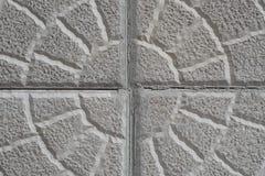 Старая поцарапанная заштукатуренная стена дома, много космос для текста Стоковые Фотографии RF
