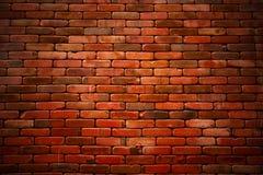 Старая предпосылка кирпичной стены grunge текстурированная с виньеткой Стоковая Фотография RF