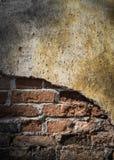 Старая предпосылка кирпичной стены grunge Стоковая Фотография