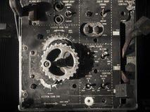 Старая приборная доска авиационных приборов стоковая фотография