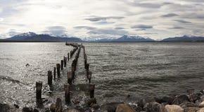 Старая пристань в взглядах Патагонии Стоковые Фотографии RF