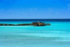 Старая пристань на море бирюзы карибском Стоковая Фотография RF