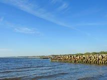 Старая пристань остается, Литва Стоковые Изображения RF