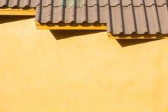 старая плитка типа крыши стоковое фото