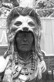 Старая древесина высекаенная головы индийского вождя Стоковое Изображение