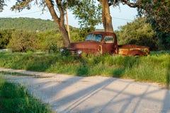 Старая ржавая тележка фермы Стоковое Фото