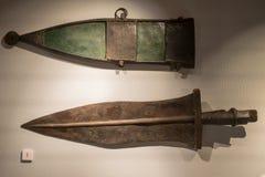 Старая римская шпага/gladius краткости ` s легионера с оболочкой стоковые изображения