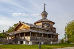 Старая русская деревянная церковь православной церков церков Деревянный висок на острове Sviyazhsk которое стоит на большой Волге стоковая фотография