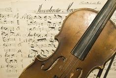 старая скрипка стоковое фото