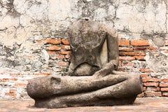Старая скульптура и стена Стоковая Фотография