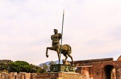 Старая статуя в Помпеи Стоковая Фотография RF