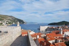 Старая стена города Dubrvonik, Хорватии Стоковое Фото
