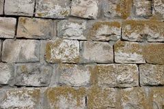 Старая стена сделанная из каменных блоков Стоковая Фотография RF