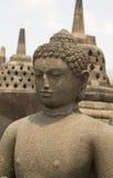 Старая сторона статуи Будды вверху висок Borobudur Стоковое Изображение RF