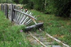 Старая сломанная загородка Стоковые Изображения