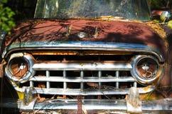 Старая тележка утиля стоковые фото