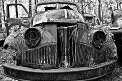 Старая тележка Studebaker утиля стоковое фото rf